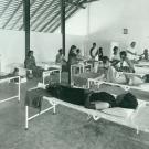 1960-04-hosp-women